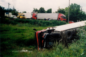 18 wheeler accident injuries in maine